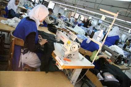 مشروع مصنع ملابس جاهزة
